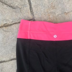 Lululemon Gather and Crow Pink Cropped Leggings